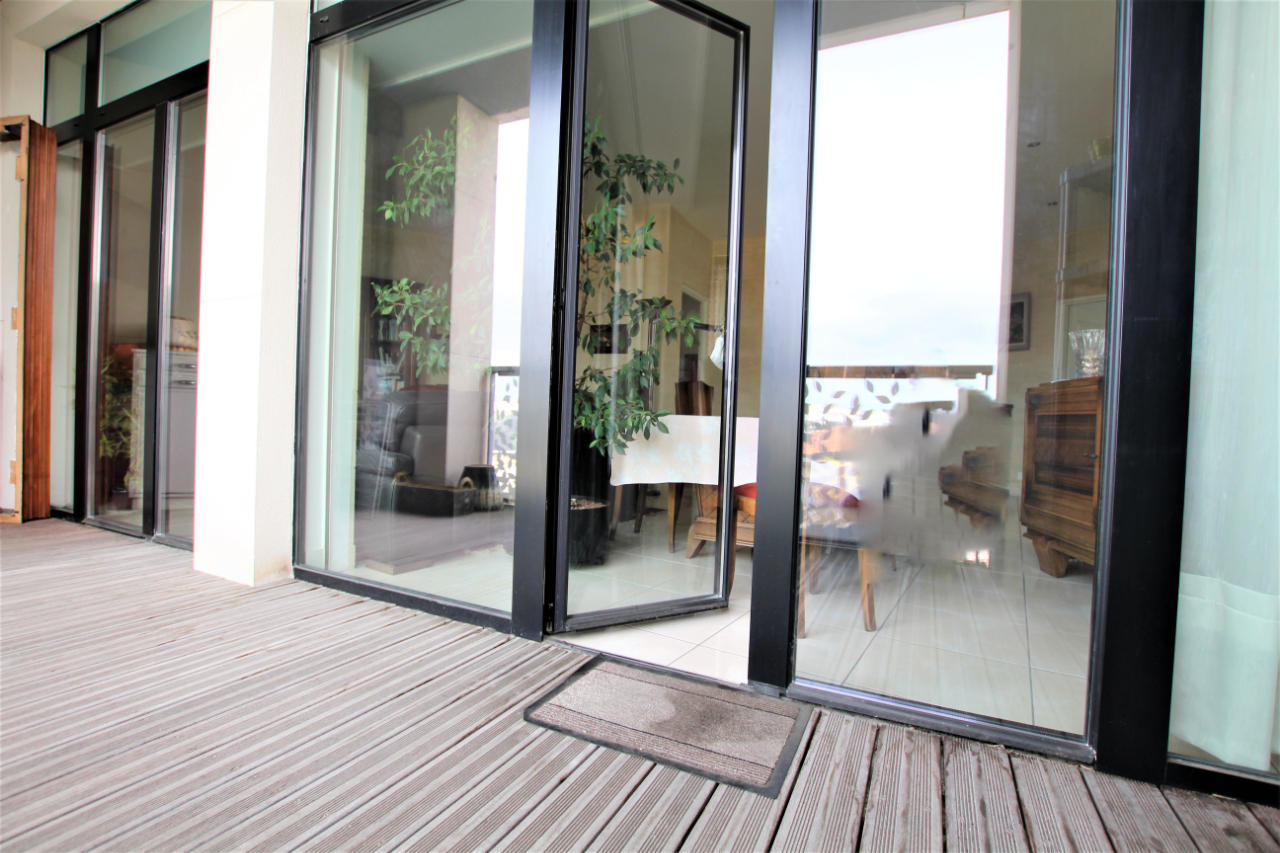 Achat / Vente Appartement Merignac 3 pièce(s) 95 m2 Centre, Terrasse ,Ascensceur, place de parking, suite parentale, parking, dressing